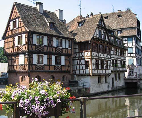Strasbourg for Piscine de strasbourg